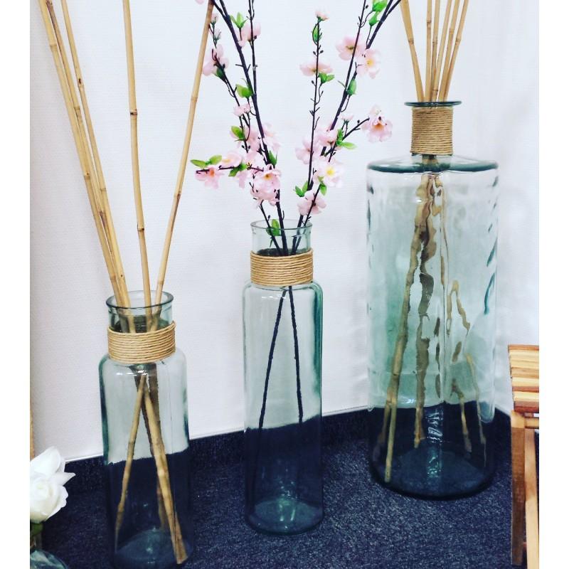 grand vase en verre 100 recycl noa avec raffia hauteur 55 cm. Black Bedroom Furniture Sets. Home Design Ideas